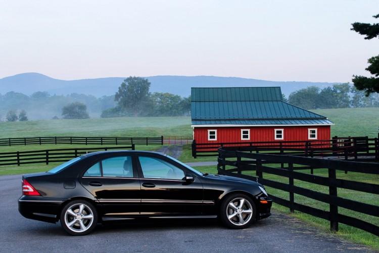 最も役に立つ資格は自動車免許