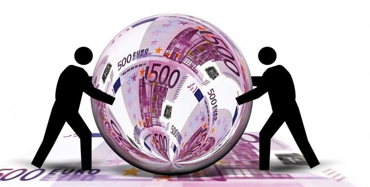 金融業界・保険業界への転職に有利な本当に役立つ資格