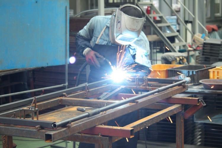 工場勤務への転職に有利な本当に役立つ資格