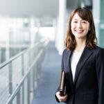 転職活動中の30代女性に捧ぐ、面接ウケする服装のポイント!